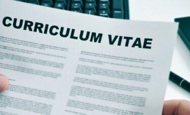 Jak napisać CV do pracy w Holandii